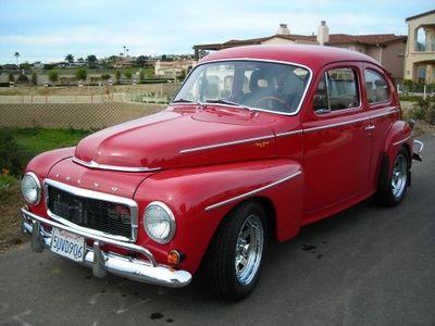 ретро автомобиль volvo модифицированный