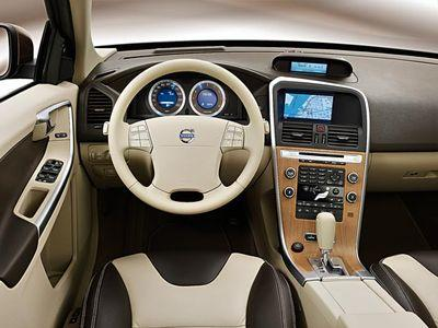 61_54_Volvo_XC60_Interior