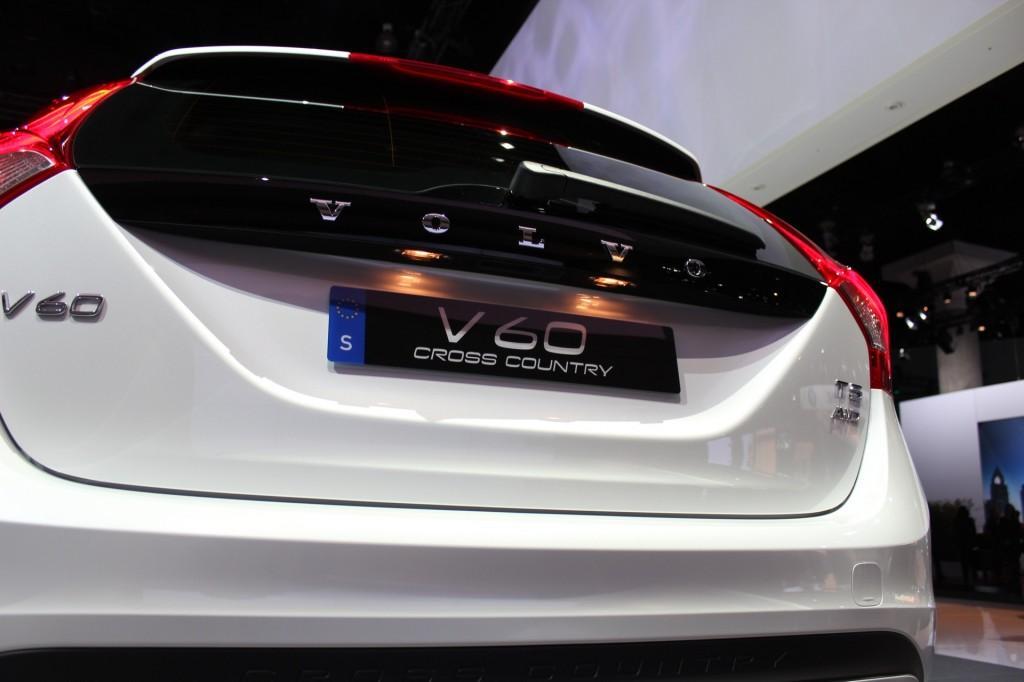 Новый Volvo V60 Cross Country