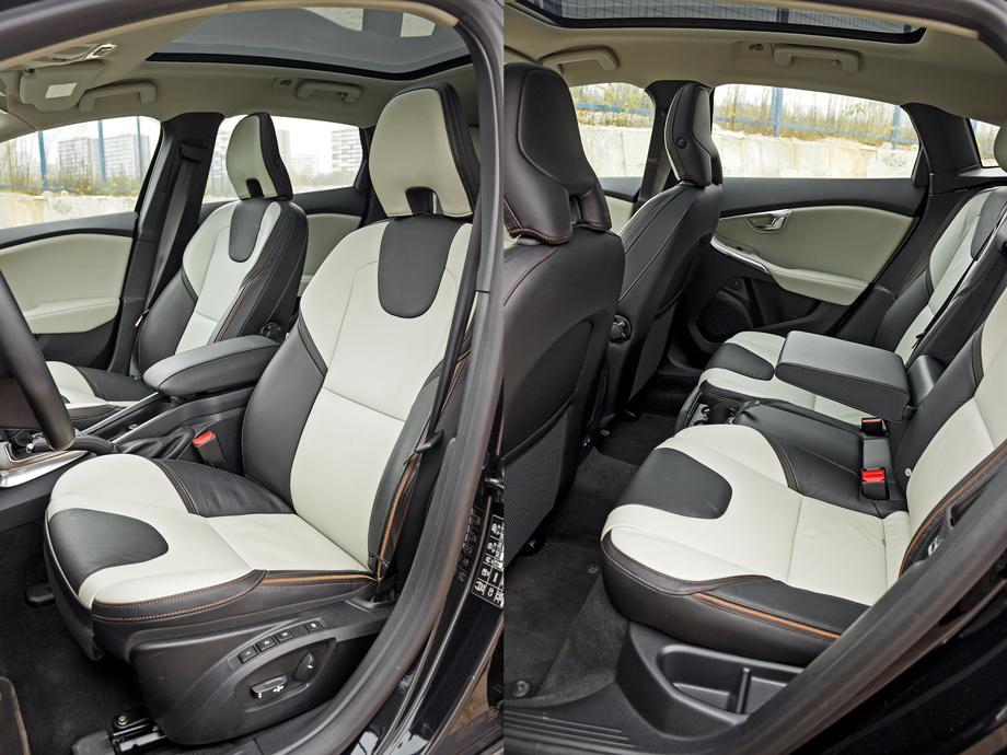 Volvo V40 Cross Country салон